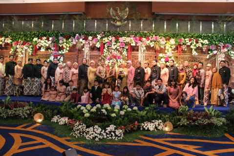 Traditional Indonesian wedding in Jakarta, Java. Indonesische bruiloft