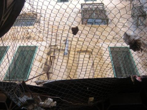 Nets to protect Palestinians in Hebron for objects thrown at them from above
